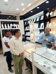 ضبط 16 محلا تجاريا بجنوب سيناء لبيع مشغولات ذهبية وفضية بدون دمغ وسداد الضرائب